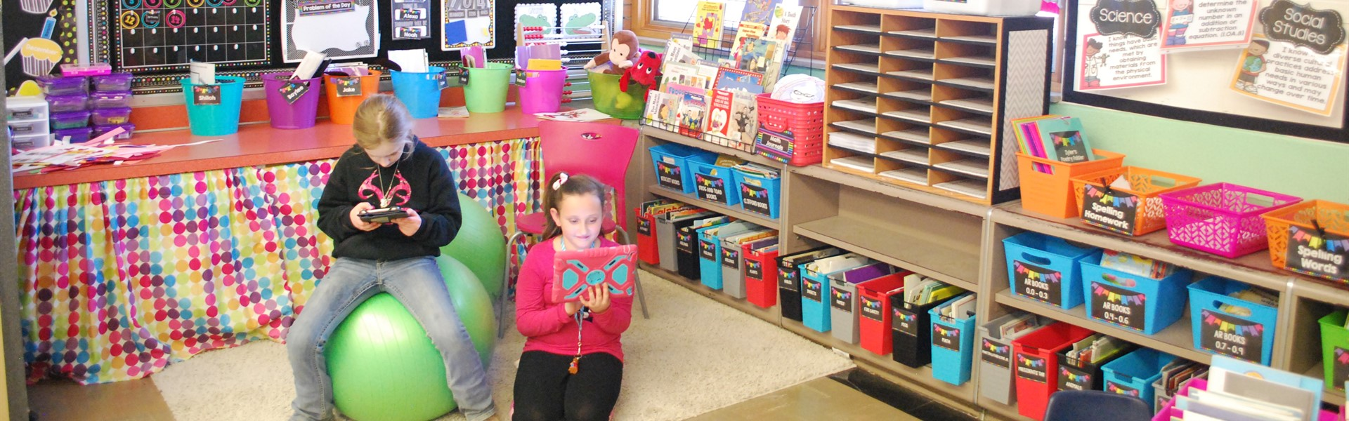 Warsaw kids love to READ!